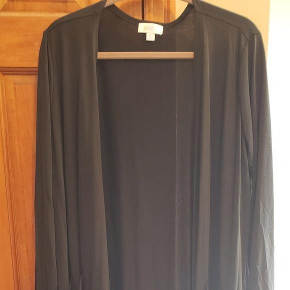 LuLaRoe Other - Lularoe Sarah size large (black)